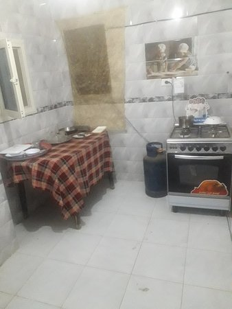 Kafrat al Jabal, Egitto: Believe me, it's much much dirtier than it looks here. Also for 5 rooms.
