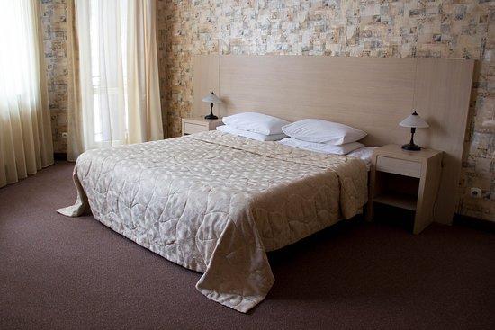 Dom Skazochnika Guest House