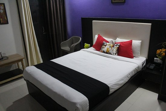 Agra, Indien: Deluxe Room with King Bed