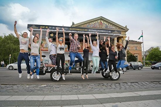 Beers On Wheels Budapest!