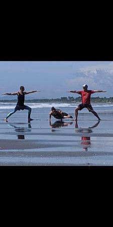 Monty's Beach Lodge: Perfect spot for yoga