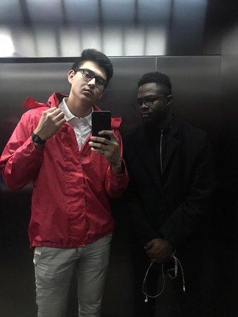 Balashikha, Venäjä: Зеркало в лифте) как не сфоткаться?)