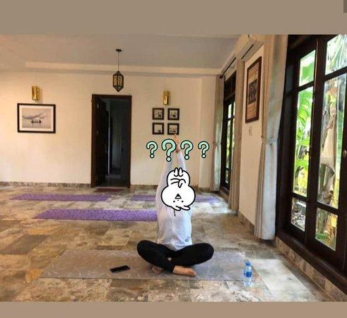ms ann yoga class 🖤