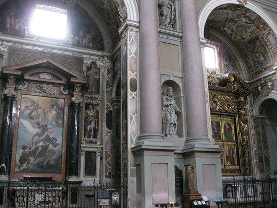 Interni della basilica