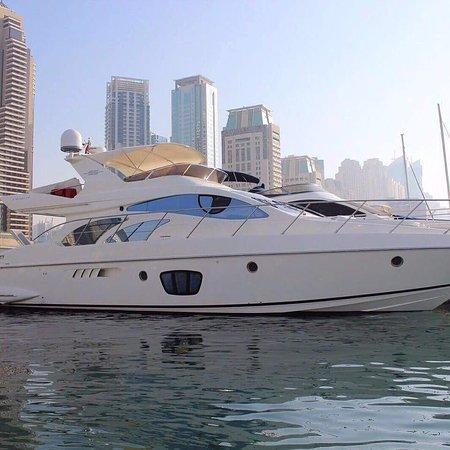 Lulu Boats | Best Boat Charter Abu Dhabi