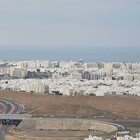 I am a tour guide, taxi driver and photographer from Oman Muscat please send me what Sapp +96899784830 my name Nabil