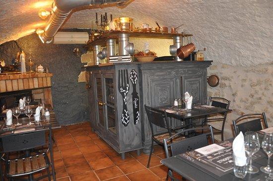 Restaurant La Table Des Delices Dans Grignan Avec Cuisine Autres
