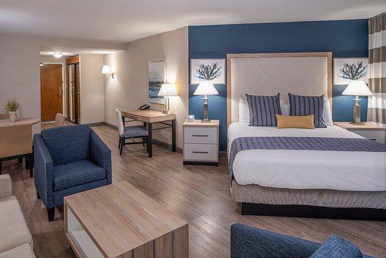 Marina View Executive Suite King Bed & Sofa Sleeper.