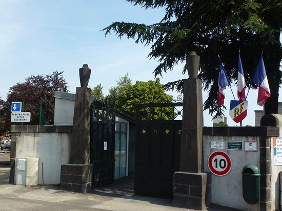 Carmes Cemetery