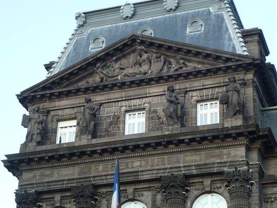 Hotel de prefecture du Puy-de-Dome