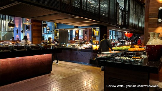 Dock 37 Bar and Kitchen - Pan Pacific Hotel - Melbourne - Review and Pictures by Review Wala - #reviewwala