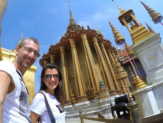 Bangkok tours and car rental services