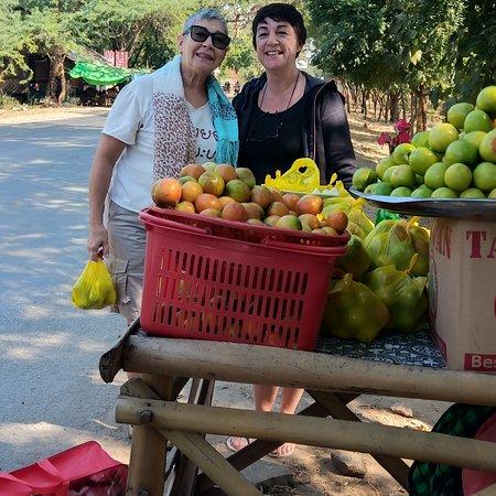 Myin Ka Bar, Мьянма: They enjoy travellers.