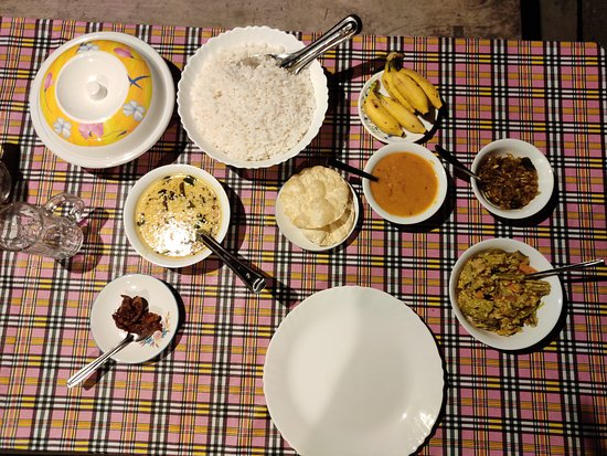 Kattoor, India: Authentic Kerala homely food.