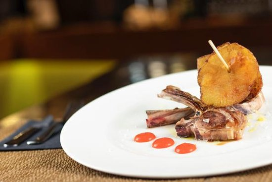 imagen d'platos Gran Parque en Granada