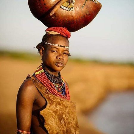 The Omo Valley in Southern Ethiopia contains some of the most colorful tribes and ethnic groups. The charming costumes, colorful ceremonies and celebrations, arts, crafts, music and dances are unique