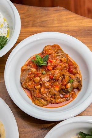 ZEYTINYAGLI PATLICAN Aubergine cooked in olive oil with tomatoes, garlic, peppers and chickpeas