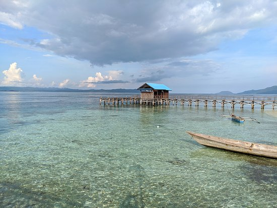 Arborek_Village-Waisai_Raja_Ampat_West_Papua
