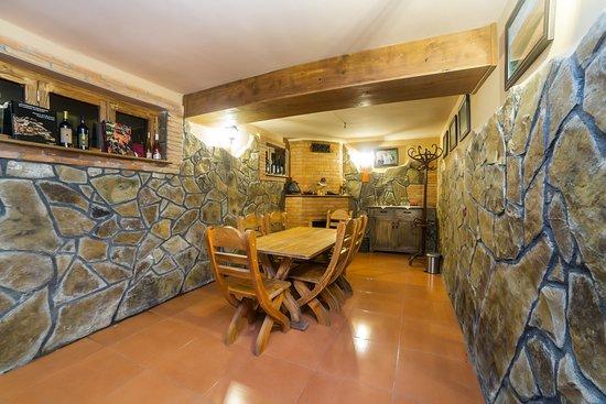 Tasting room.