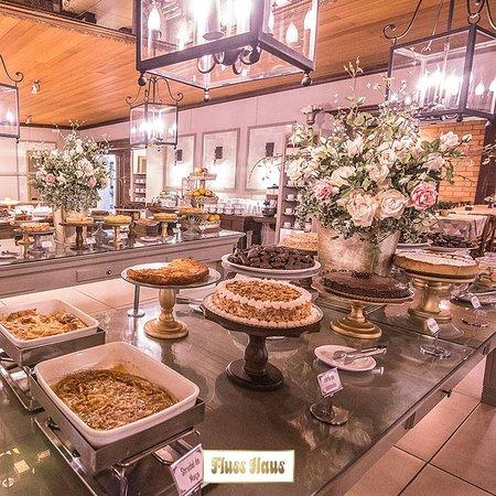 Um café colonial cheio de delícias Fluss Haus para você.😍☕ Use 👉 #FlussHaus Café Colonial também de segunda a sexta-feira! #FaçaSuaReserva - (48) 3053-4696 | (48) 3053-4698 #CaféColonial #SC_Turistar #SantaCatarinaemFotos #TopFotosBrasil