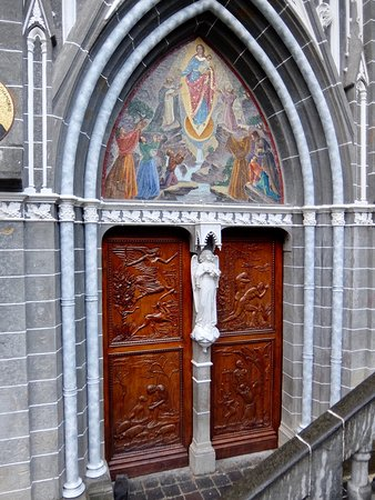 Lovely carved doors