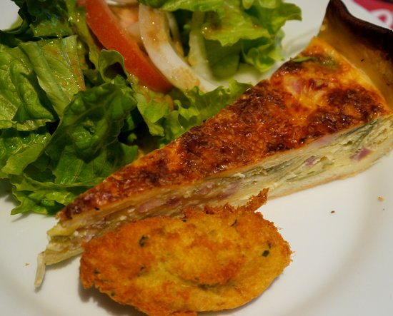 Salad with excellent dressing, slice of quiche, croquette was entree of the Menu du Jour