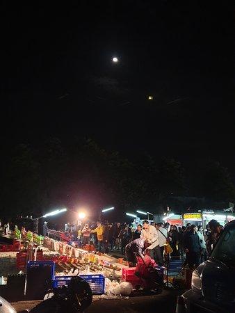 Jingyi Night Market
