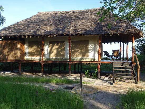 Tenthouse im Bahari Baobab Camp mit Blick auf den Indischen O Ozean