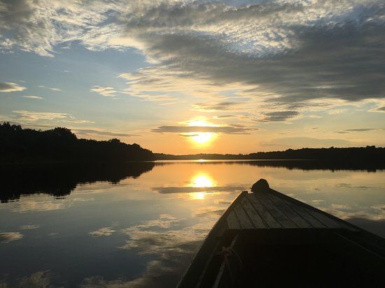 2 Days 1 Night River Tour: Taking the local boat for the day, what a sunset!
