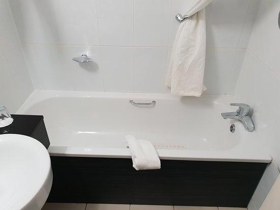 Nice clean functional bathroom.