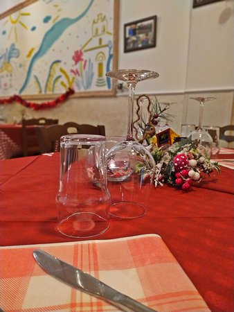 """Preparazione feste Natalizie per i nostri migliori clienti. In arrivo """" Menù Cenone"""" per info e prenotazione potete contattarci al 089831833"""