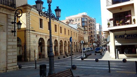 Sueca, Španielsko: plaza del ayuntamiento