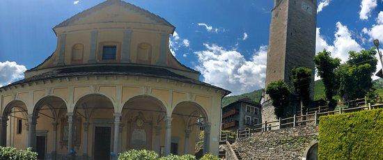 Calasca Castiglione, Italy: Chiesa di Sant'Antonio Abate (Cattedrale tra i Boschi)