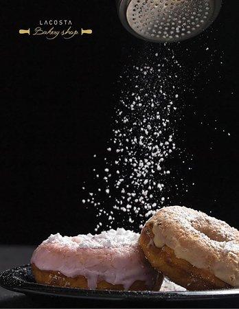 الدونات هي عذر عشان تاكل حلو على الفطور Donuts Are The Excuse To Eat Sweets For Breakfast