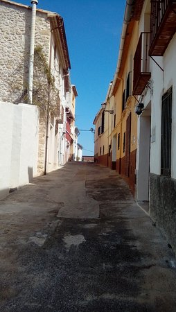 Vall de Gallinera, Spain: Calle de Benitaia