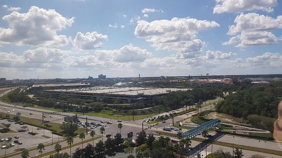 View from Bedroom toward Universal over Kirkman, a stones throw away and ten minutes to the gates.