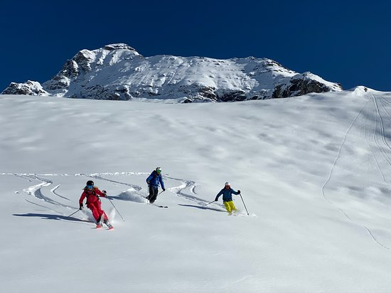 Skiing in the Monterosa Ski Area