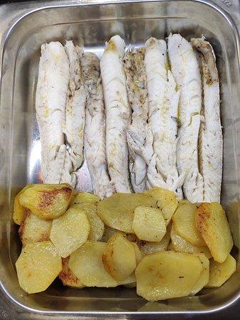Sgombro con patate al forno