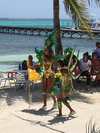 September Celebrations on the Boca del Rio beachfront