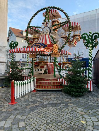 Norimberk, Německo: Various smaller Christmas markets around Nuremburg (3)