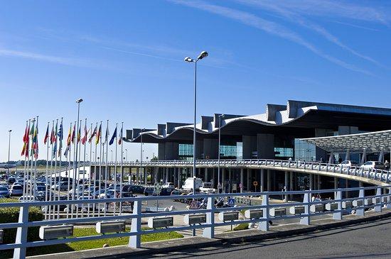 Bordeaux Airport: Aeroport Bordeaux transport