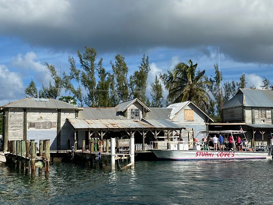 Excellent Dive Shop in Nassau