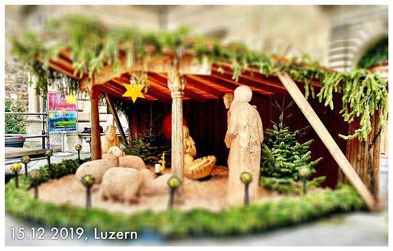 لوزيرن, سويسرا: Luzern zu Weihnachtszeit