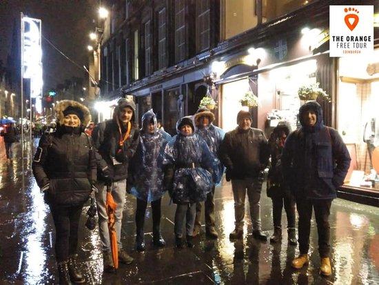 Gratis Edinburgh-tur: Orange Free Tour Edimburgo 5 diciembre 2019 - Tour fantasmas con Edu