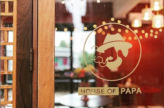 ONE PRICE VOUCHER FOR ROOM TYPE ECONOMY DOUBLE BEDROOM 888 THB - Picture of House of Papa Bangkok Siam - Tripadvisor