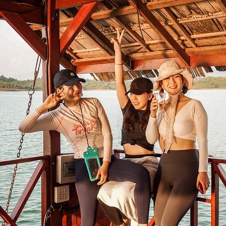 Vang Vieng Boat Party