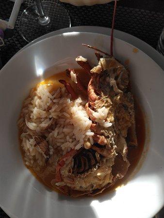 Plato de arroz con marisco