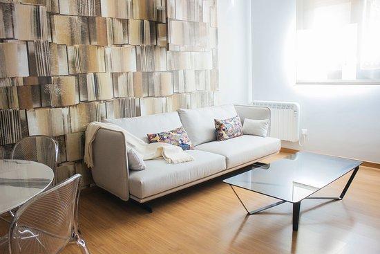 Berceo, España: Apartamento de 2 dormitorios. 2 Aseos, Salón y Cocina. Completamente equipado.
