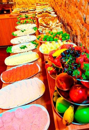 Restaurant/Open Buffet