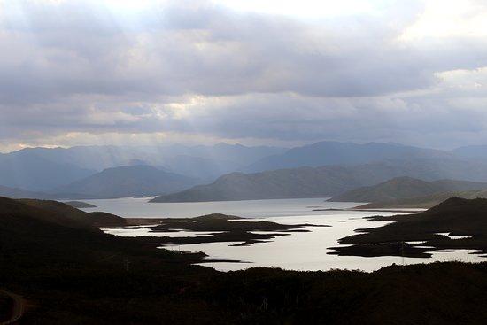 Parc de la rivière bleue , vue panoramique des lacs le soir , panoramic view of lakes in the evening